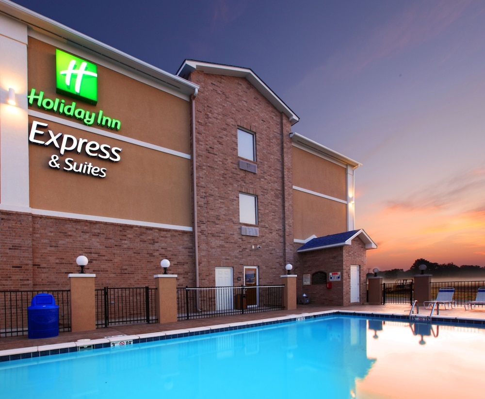 Holiday Inn Express Hotel Suites Clarksville