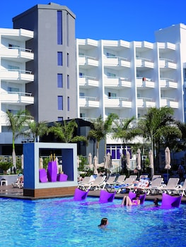 15 Closest Hotels To Yumbo Shopping Center In Playa Del Ingles