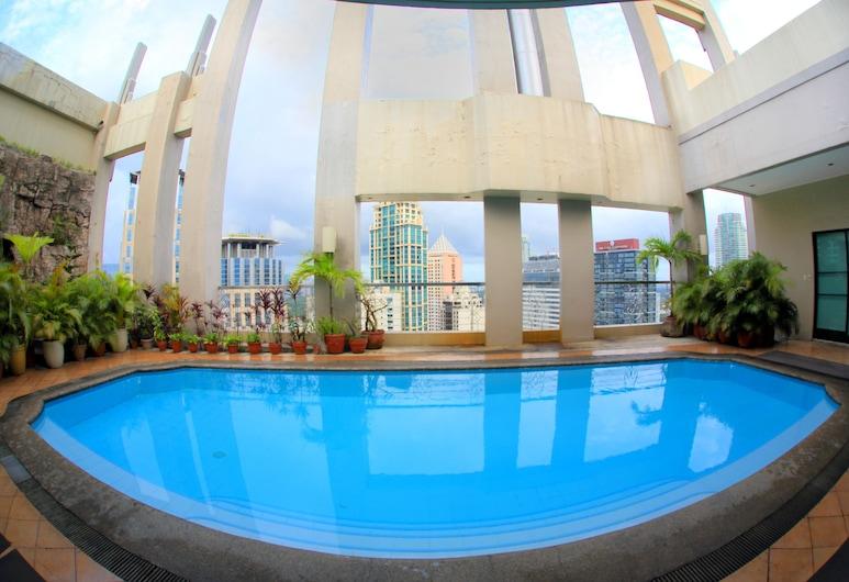 BSA Suites Makati, Makati, Hồ bơi