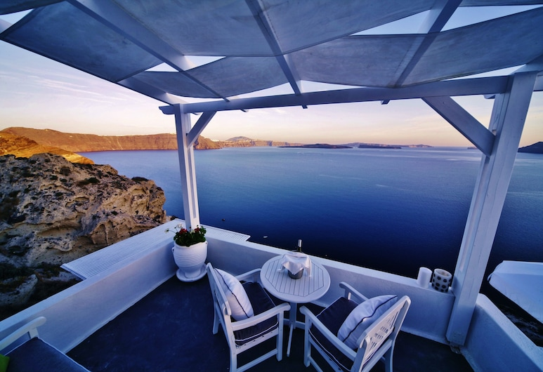 Armeni Village Rooms & Suites, Santorini, Suite junior, Balcón