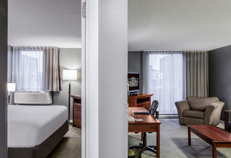 Hotel Faubourg Montreal Downtown Hotel 183492, Montréal, Suite, 1 chambre, coin cuisine (One Queen Bed), Chambre