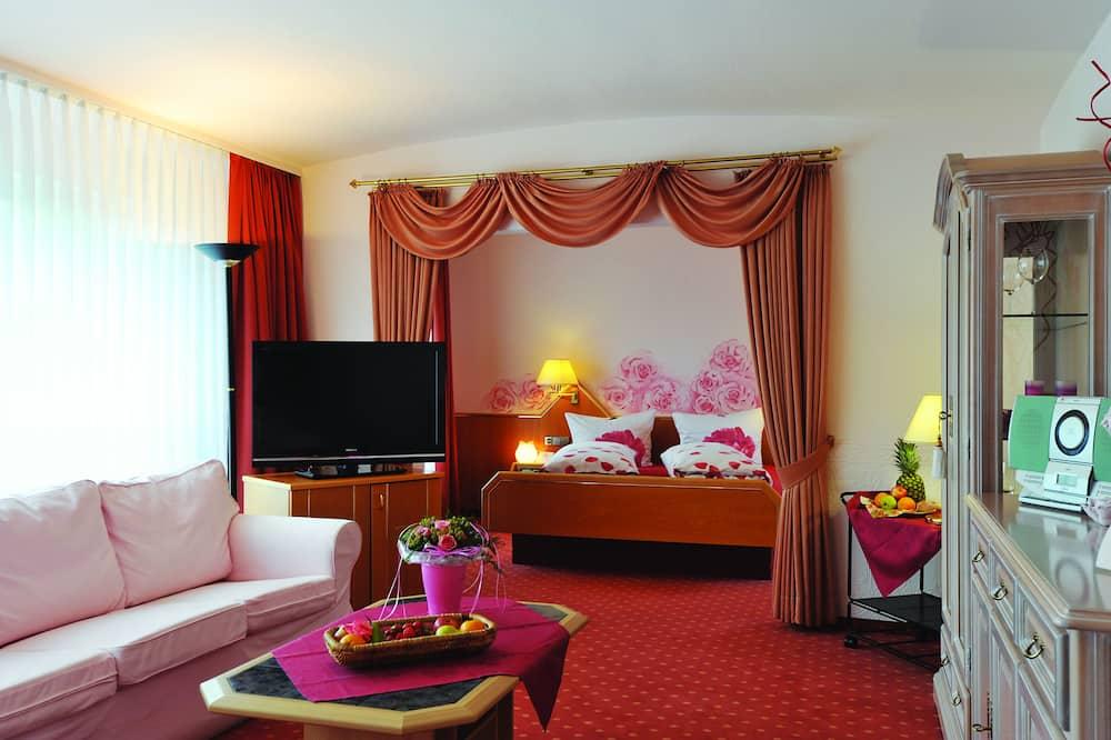 Suite clásica, balcón - Sala de estar
