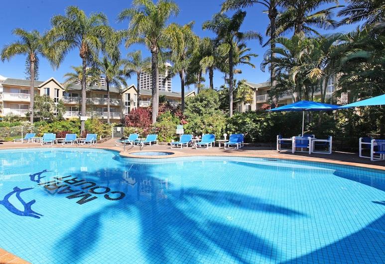 Mari Court Resort, Surfers Paradise, Outdoor Pool