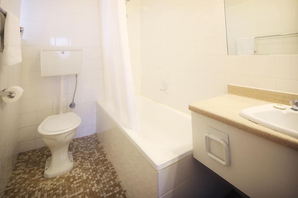 豪華雙人房, 1 張加大雙人床 - 浴室淋浴