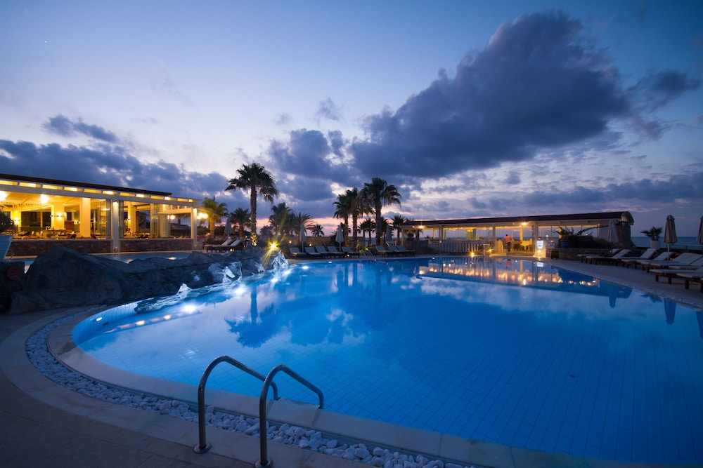 Ikaros Beach Resort Spa Malia