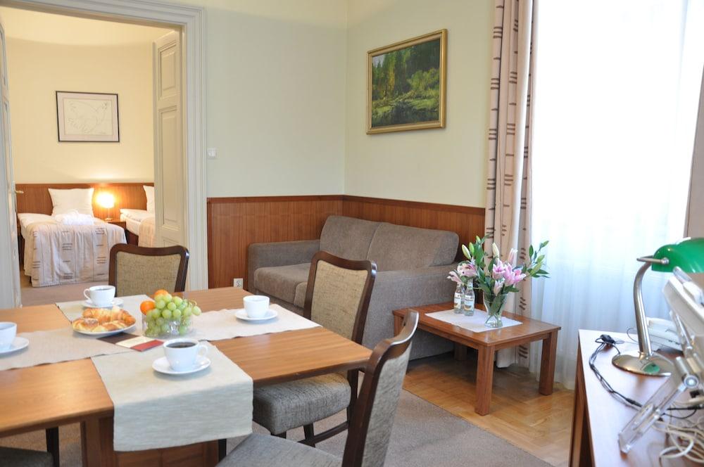 Book Red Brick Apartments in Krakow | Hotels.com