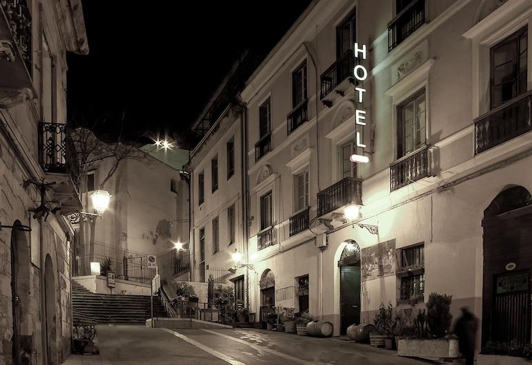 Aurora, Cagliari, Facciata hotel