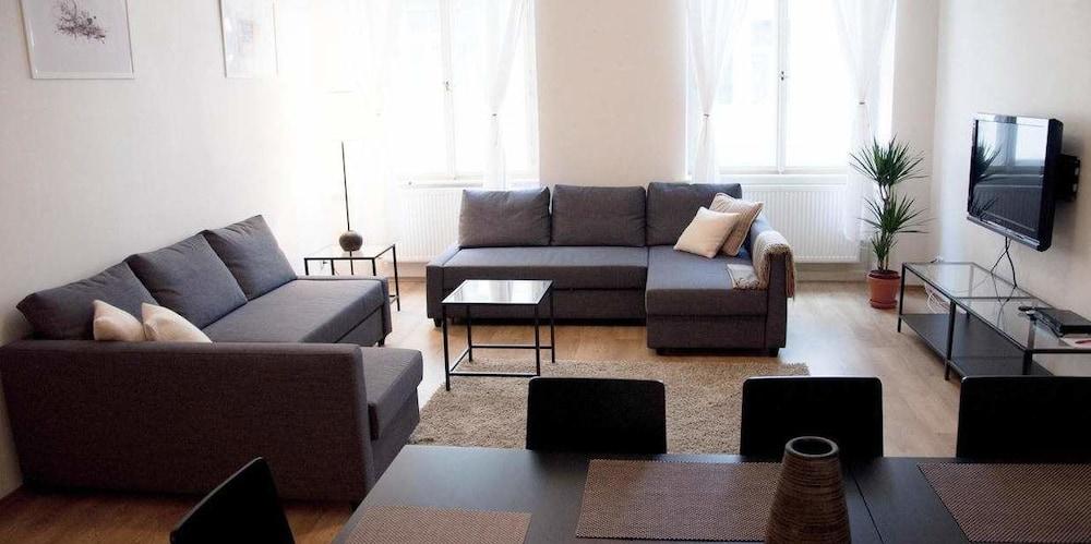 Prenota Mighty Prague Apartments a Praga - Hotels.com
