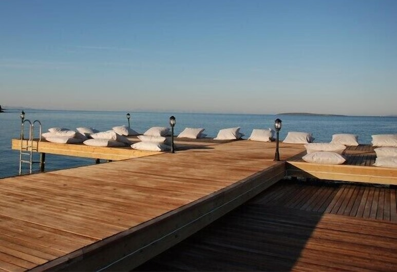 Apollonium - August and September 2020 Just the Beach, sea and House, ميلاس