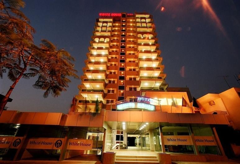 White House Hotel, Jal El Dib, Hoteleingang