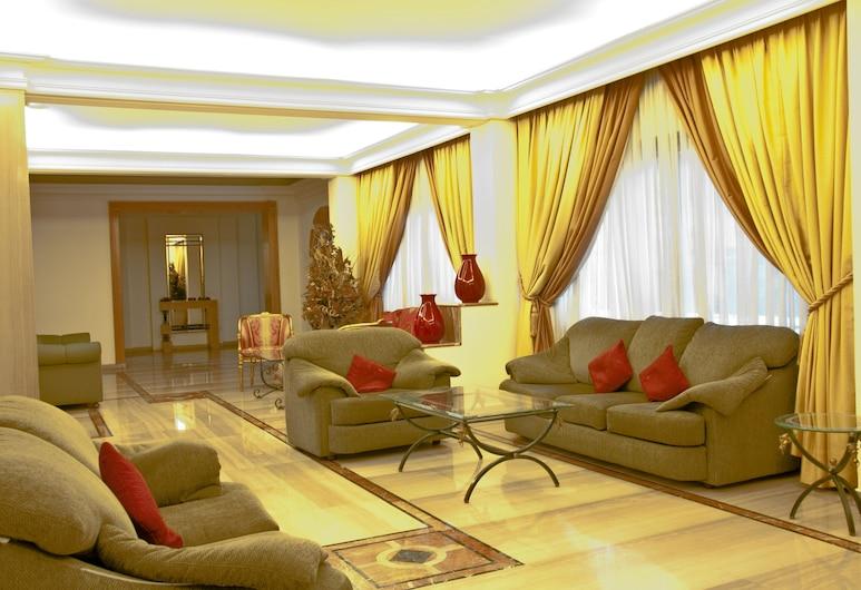 White House Apartments, Beirut, Sitzecke in der Lobby