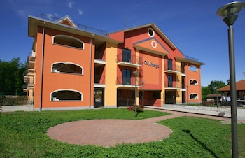 Picture of Aparthotel Casalbergo in Castelletto Sopra Ticino