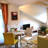 Comfort Stüdyo, 2 Yatak Odası, Dağ Manzaralı (plus cleaning fee 40 EUR) - Oturma Alanı