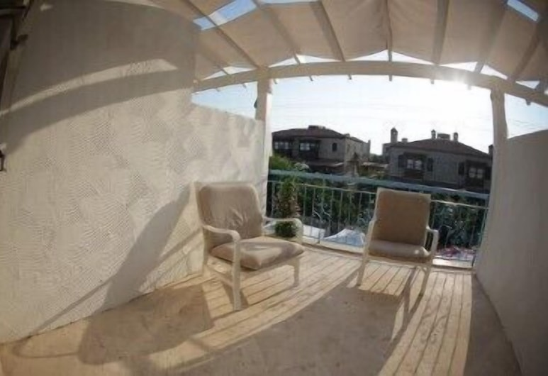 Degirmenli Konak, Çeşme, Standard Tek Büyük Yataklı Oda, Balkon