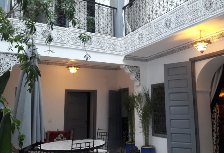 達爾布圖伊酒店, 馬拉喀什, 室外用餐