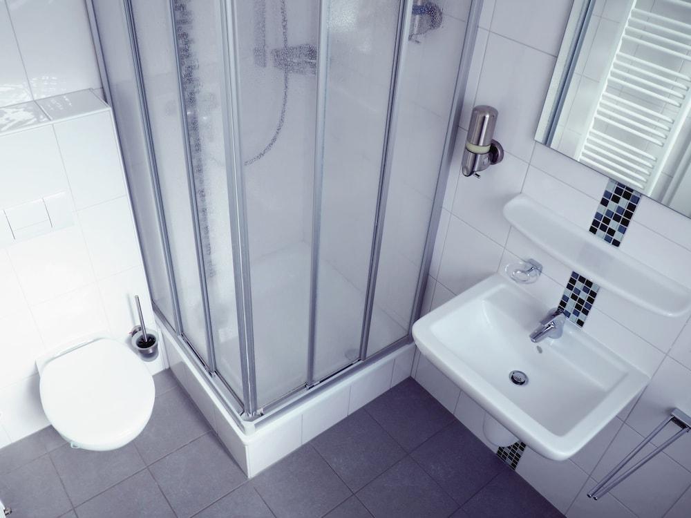 dingdong bonn - city apartments in Bonn - Hotels.com