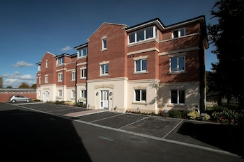 Picture of Southwich House By Esa in Swindon
