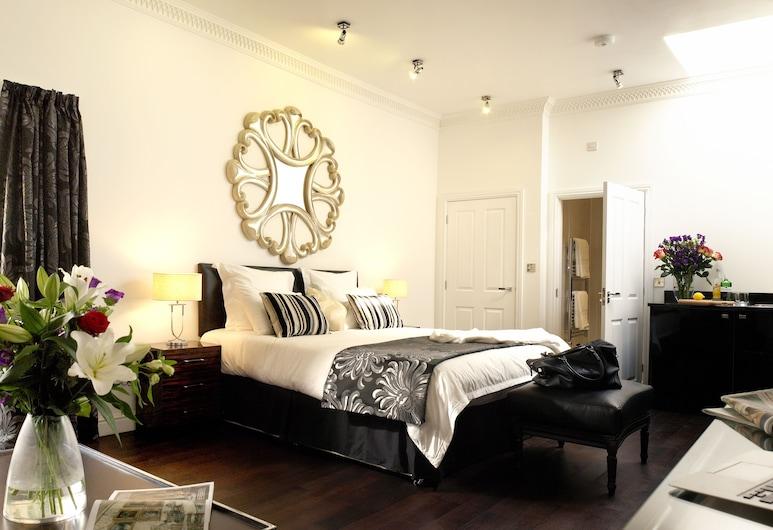 Strozzi Palace Suites by Mansley, Cheltenham