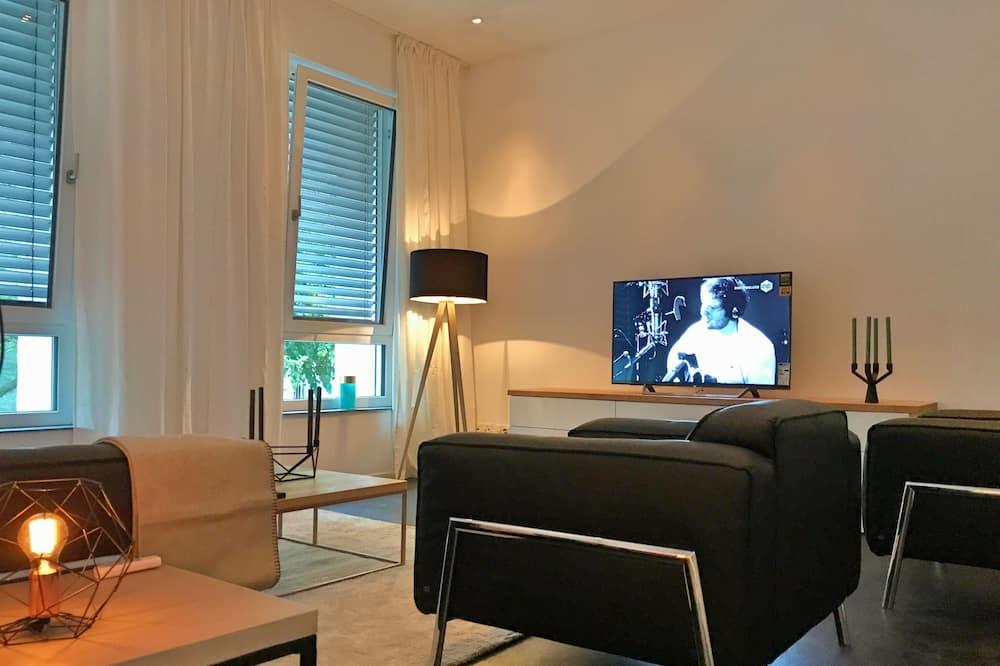 Luksusa dzīvokļnumurs, divas guļamistabas, virtuve - Dzīvojamā zona