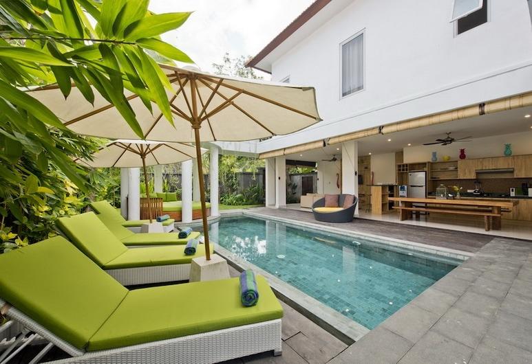 Del Mar Beach Villas-3 Bedroom Private Pool, Seminyak