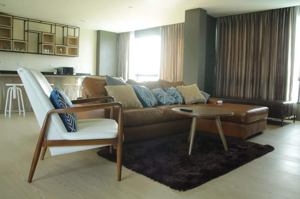 Suite ejecutiva, 1 habitación, vista a la piscina, sobre el agua - Sala de estar