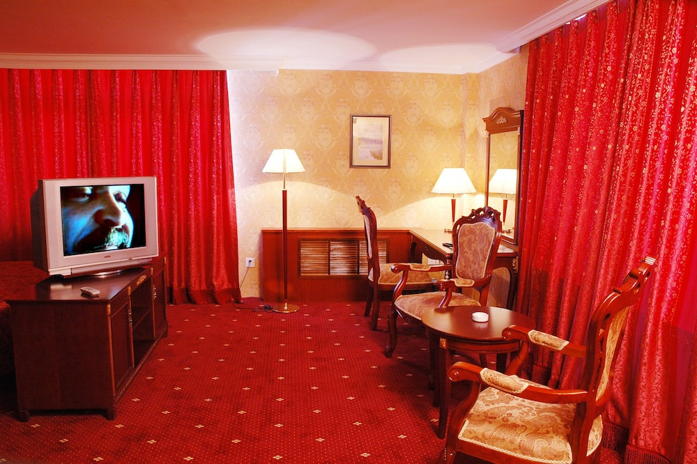 Eenvoudige tweepersoonskamer, 1 kingsize bed, Uitzicht op de stad - Woonruimte