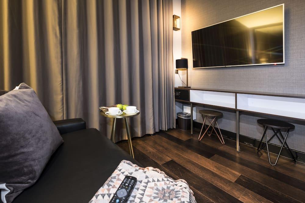 Superior Studio, 1 Bedroom - Living Area