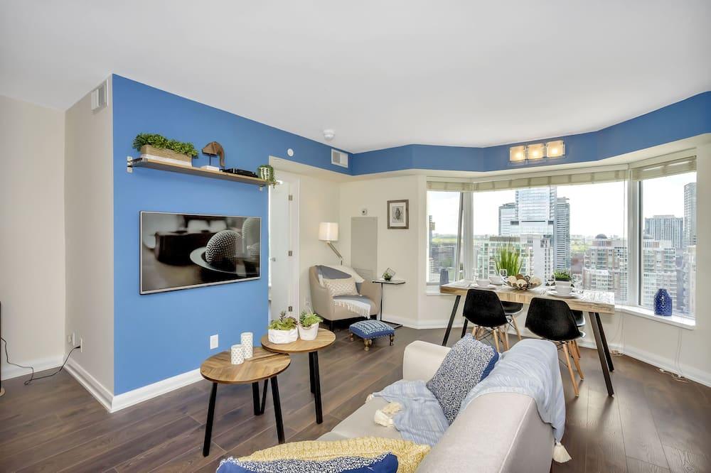 Luxury Condo, 1 Queen Bed, City View - Living Room