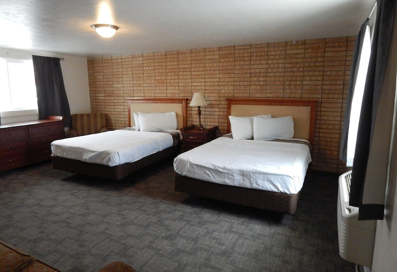 Holiday Motel, Jerome, Family Suite, Multiple Beds, Guest Room