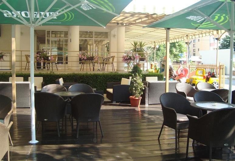 Hotel Astra, Ravda, Vakarienės lauke