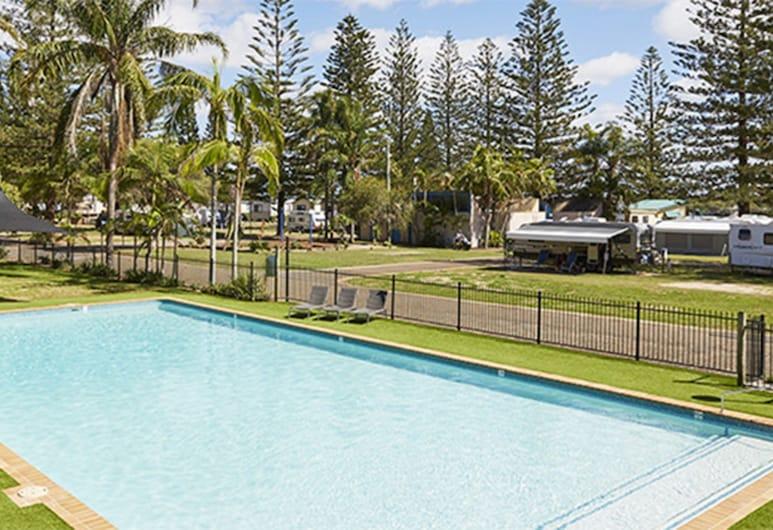NRMA 马奎里港布里克沃尔假日公园酒店, 麦奎利港, 室外游泳池