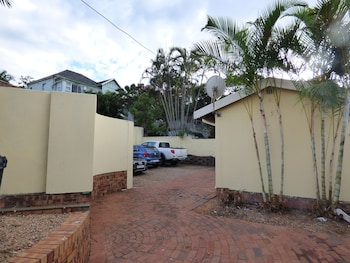 Picture of Daisy Lodge in Durban