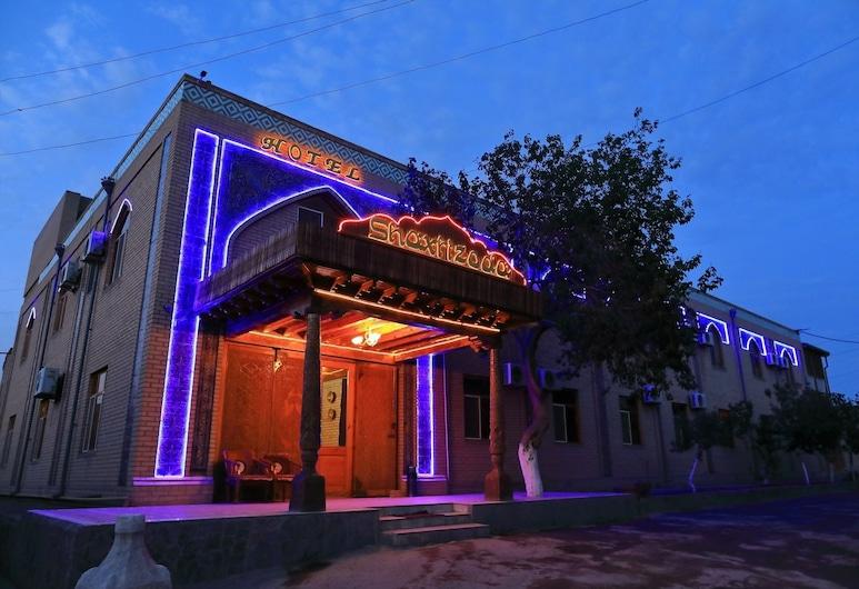 Shaherezada Boutique Hotel, Khiva, Facciata hotel (sera/notte)