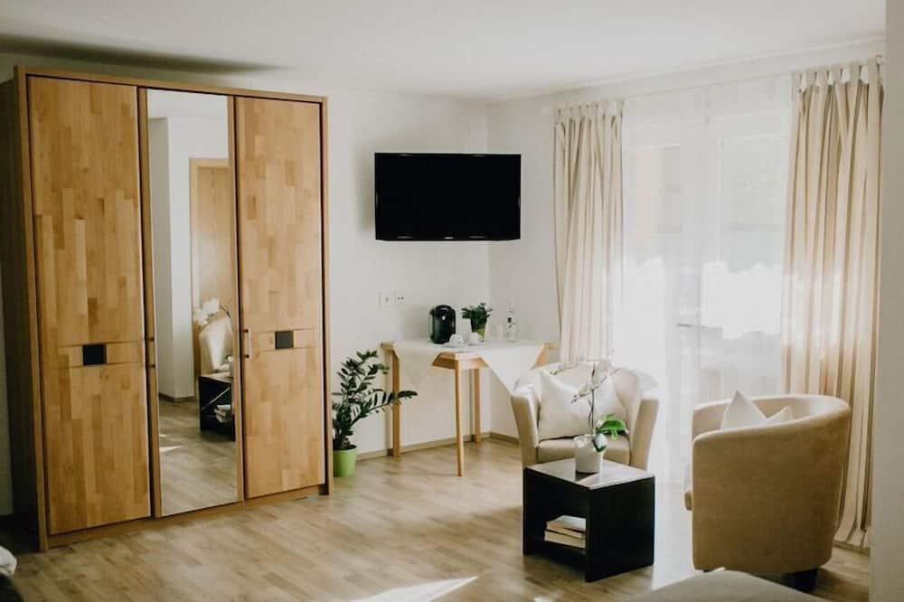 Comfort Tek Büyük Yataklı Oda - Oturma Alanı
