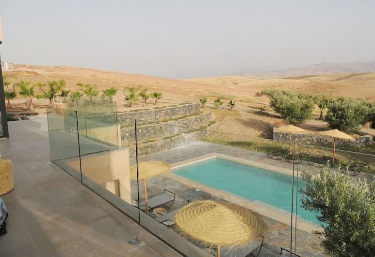 Dar Oumnass, Tameslouht, Açık Yüzme Havuzu