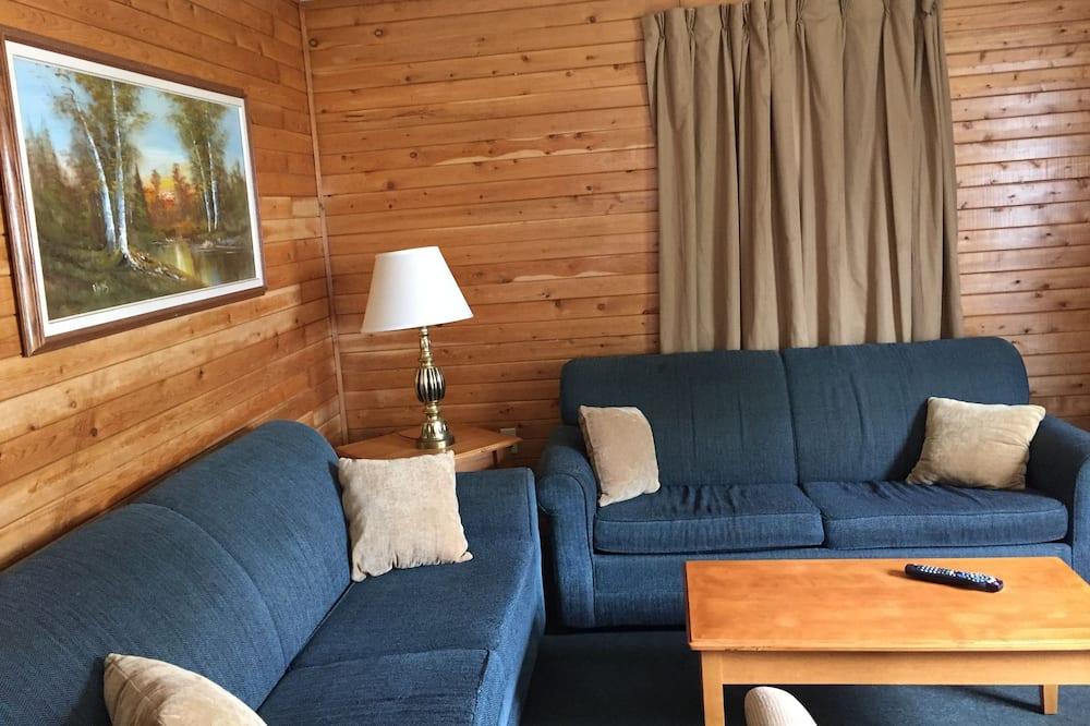 Rekreační domek, výhled do zahrady (4) - Obývací prostor