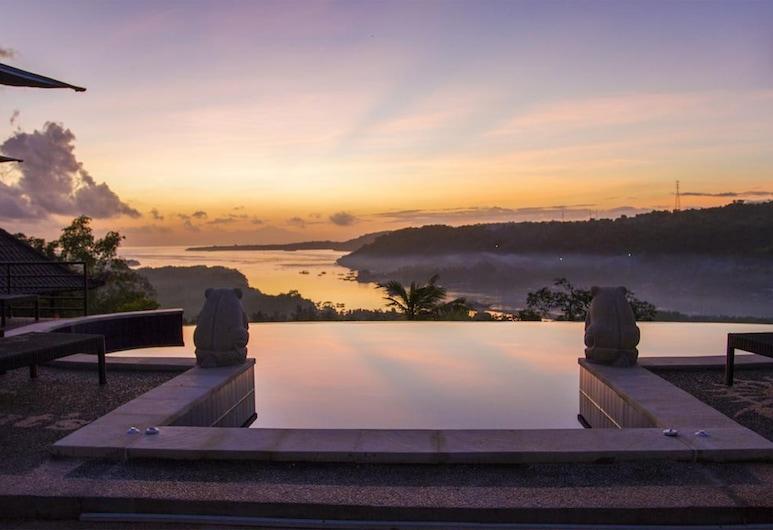 Sunrise Hut's Lembongan, Lembongan Island, Outdoor Pool