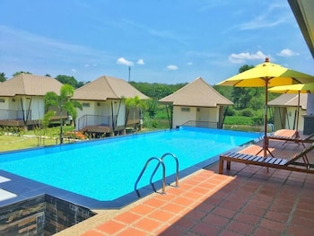 Picture of Tipparika Riverview Hotel in Hat Yai