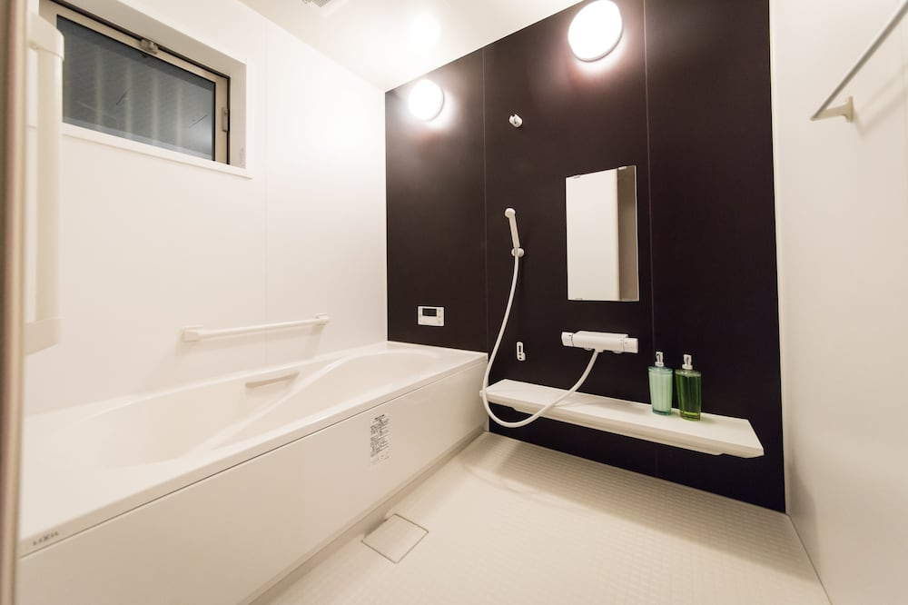 6人女性専用ドミトリー - バスルーム