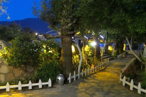 安卢酒店/