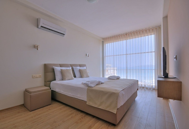 Delmar Suites & Residence, Cesme, Guest Room