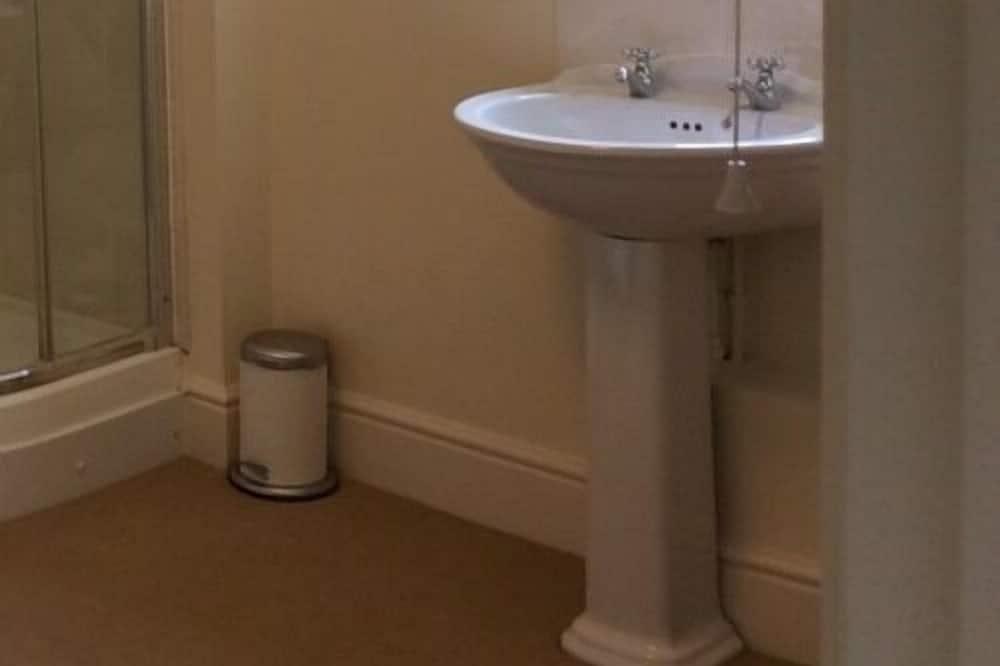 Comfort Double or Twin Room, Private Bathroom, Garden View - Bathroom
