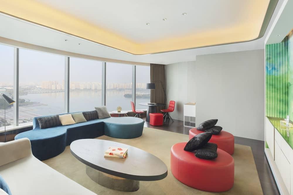 Fantastic Suite, Suite, 1 Bedroom, Non Smoking, Lake View - Lake View