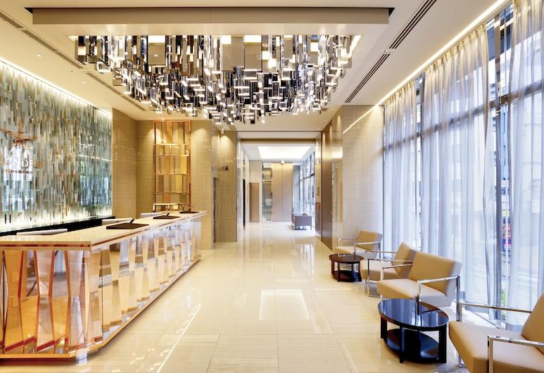 Candeo Hotels Tokyo Roppongi, Tokió, Recepció