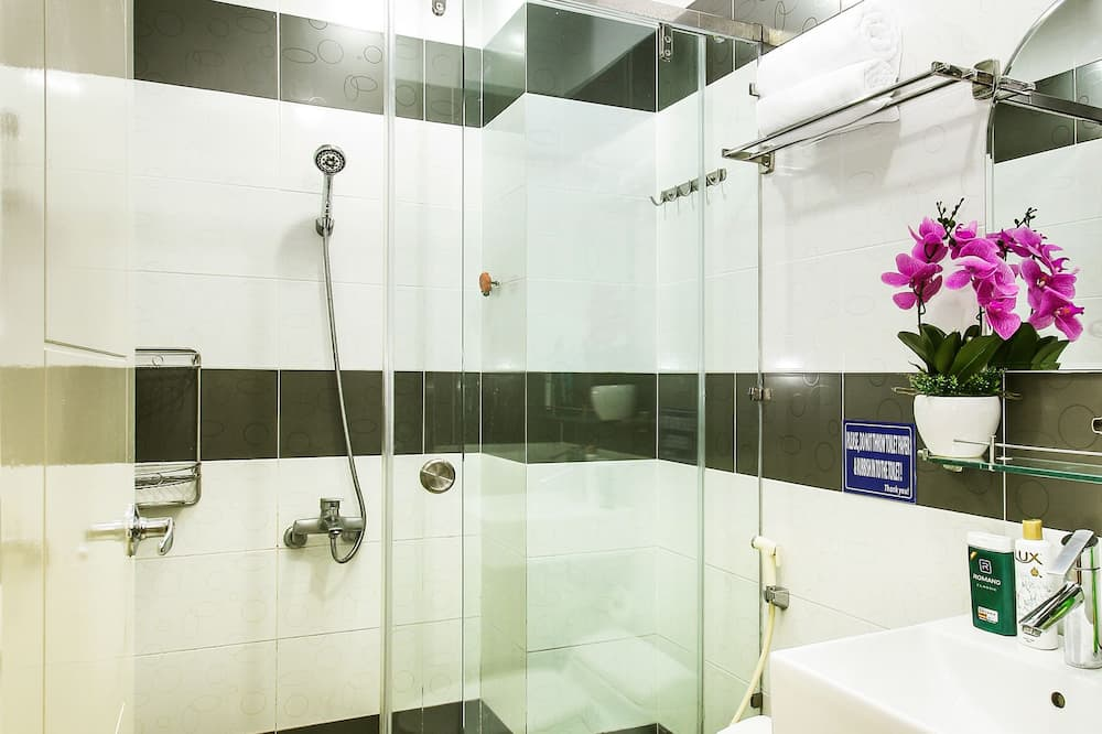 Shared Dormitory, Men only - Bathroom