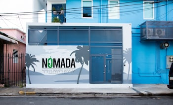 Picture of Nomada Urban Beach Hostel in San Juan