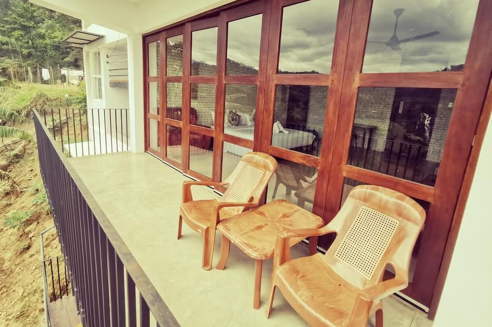 Deluxe Double Room, 1 Double Bed, Mountain View - Balcony