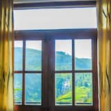 Standard Double Room, 1 Double Bed, Mountain View - Guest Room