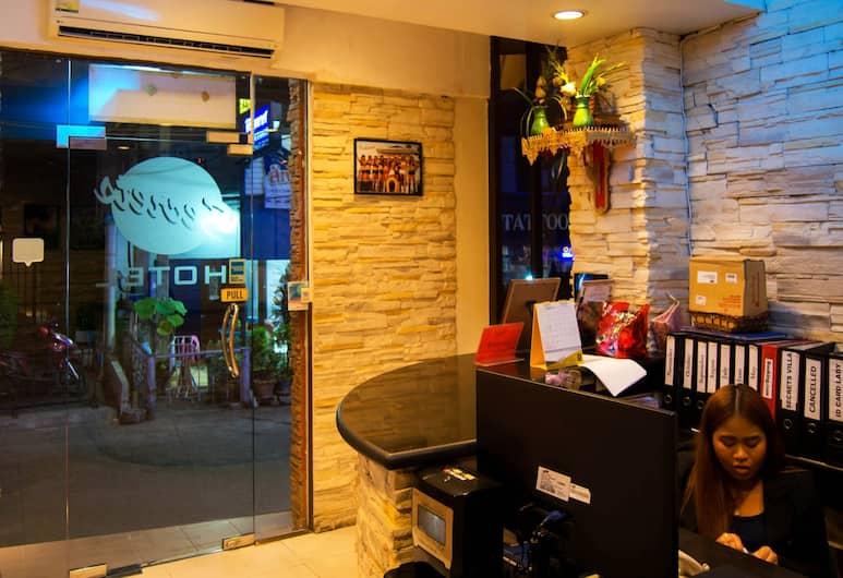 Secrets Hotel, Pattaya, Reception