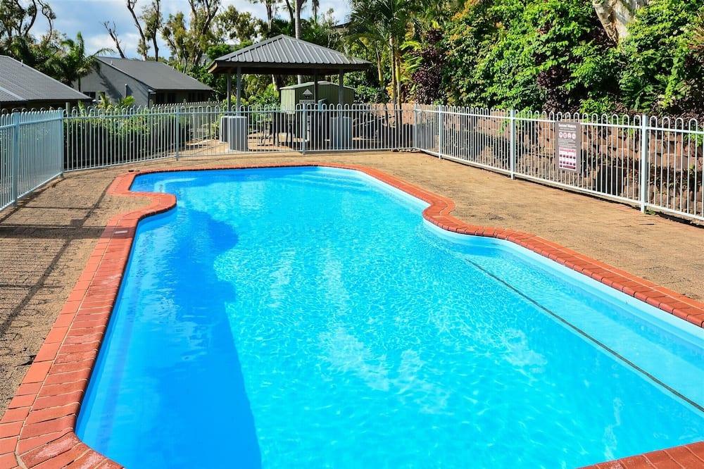 Basic Apartment, 2 Bedrooms, Sea View - Pool